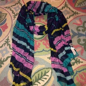 Super cute LOFT scarf